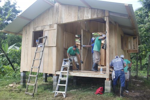 Construction of New Houses and VBS – Barrio Trotman